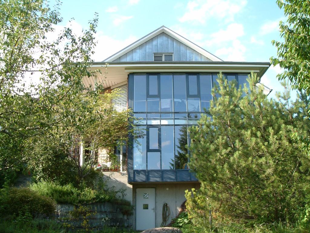 8-Fassade-in-Metall-und-Stein